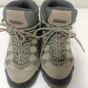 Hi-Tech ladies hiking boots